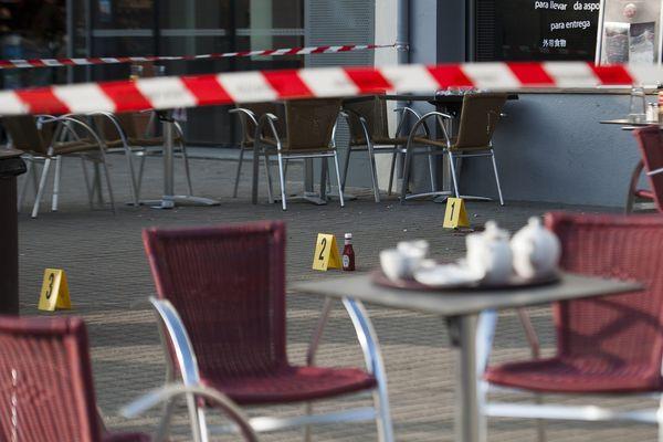 Agression mortelle place François II à Nantes d'un travailleur social employé au service de la protection de l'enfance et de la femme de l'agresseur le 19 mars 2015