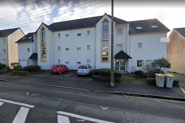C'est dans cet immeuble du 3 rue Alfred de Musset à Brest que l'homme est décédé dans l'incendie