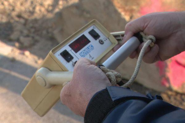 Mesures de radioactivité près de la maison des associations