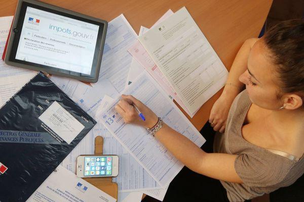 Seuls 4 foyers sur 10 déclarent leurs impôts en ligne