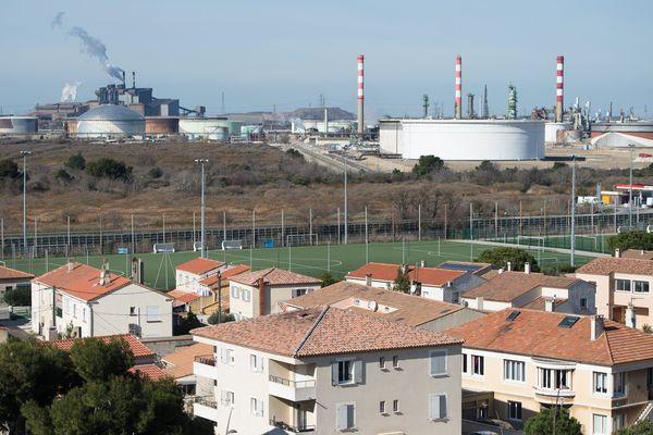 """Les habitants de Fos-sur-Mer et de Port-Saint-Louis-du-Rhône ont une santé """"fragilisée"""" par un environnement pollué"""