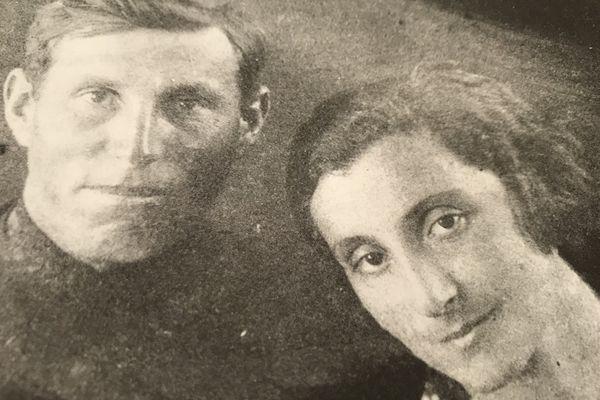 Sioma et Tsipora deux jeunes russes qui vont affronter le 20eme Siècle