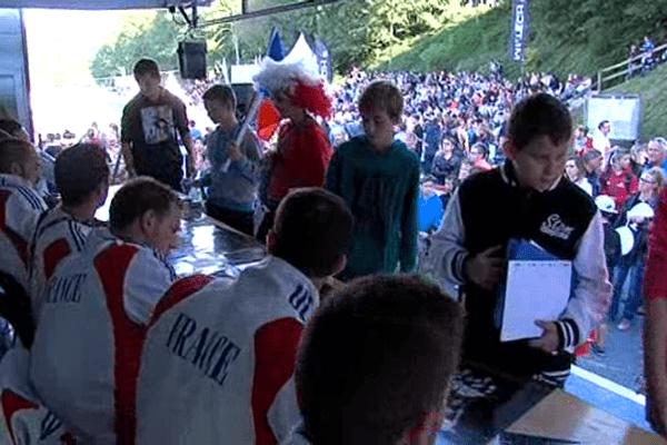 Beaucoup de monde ce mercredi pour la séance de dédicace de l'équipe de France de kayak-polo