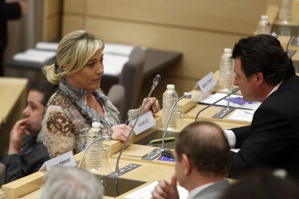 Marine Le Pen, au Conseil régional Nord Pas-de-Calais en 2010.