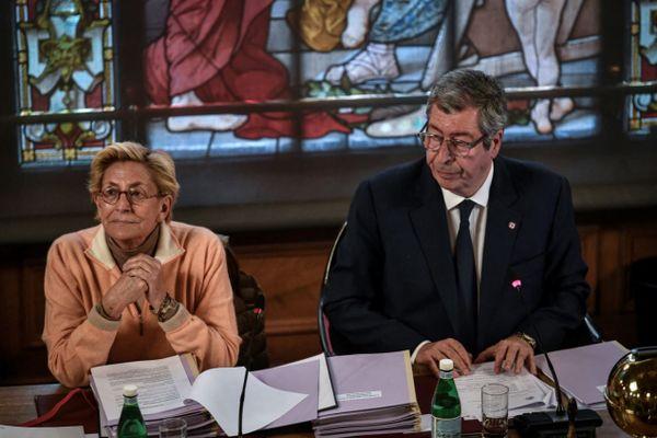 Patrick et Isabelle Balkany lors d'un conseil municipal à Levallois-Perret, le 15 avril 2019.