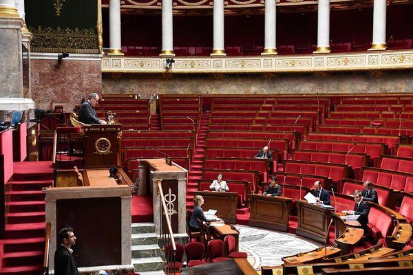 L'Assemblée nationale quasiment vide pendant le confinement