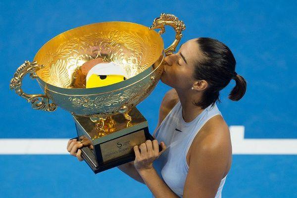 Caroline Garcia, victorieuse en simple au tournoi de Pékin le 8 octobre 2017