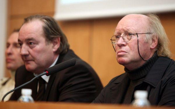 Gervais Martel et Daniel Leclercq en conférence de presse en 2008, lorsque ce dernier était revenu épauler Jean-Pierre Papin comme directeur technique.