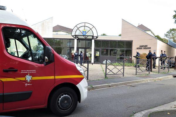 Une partie du mur du gymnase Patrick Caglione à Poissy s'est effondrée jeudi 22 octobre.