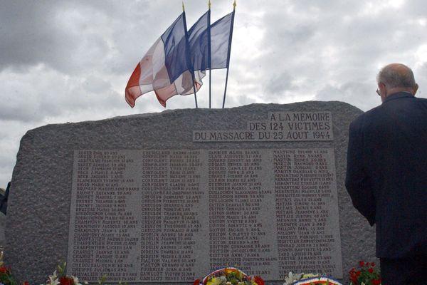 Le massacre de Maillé (Indre-et-Loire) a eu lieu le 25 août 1944, quelques mois après celui d'Oradour-sur-Glane