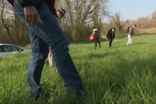 Une vingtaine de bénévoles a participé aux recherches ce samedi 6 mars.