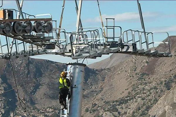 Les travaux de ce nouveau télésiège ont commencé, il sera en service pour le début de la saison en décembre prochain
