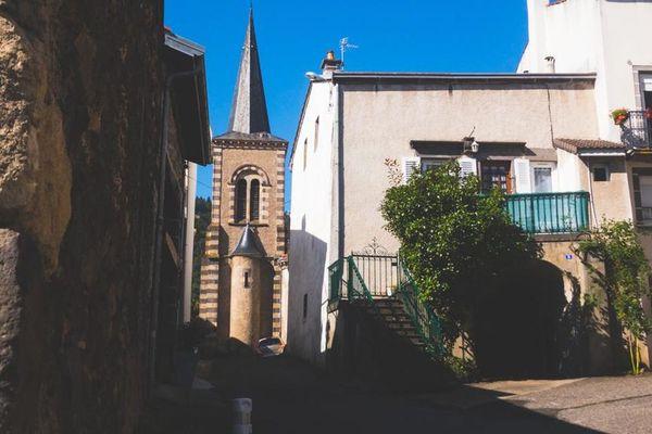 A Ceyrat, dans le Puy-de-Dôme, un habitant s'estime gêné par le bruit des cloches.