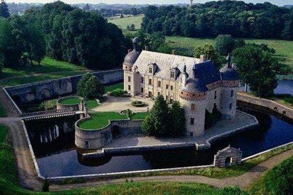 Ce château se situe en Creuse.