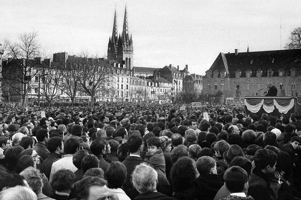 Le Général de Gaulle à Quimper le 2 février 1969