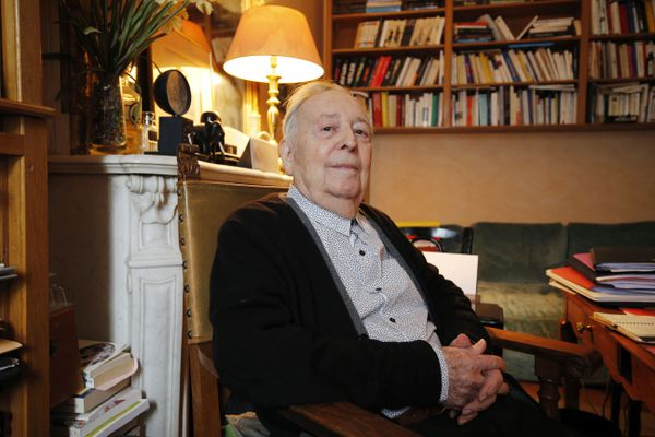 L'historien Marc Ferro chez lui, à Saint-Germain-en-Laye, le 22 septembre 2015.