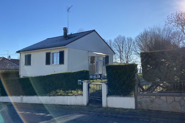 C'est dans cette maison d'Ussel que la jeune femme a été retrouvée morte.