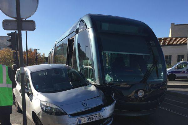 Accident de tram près de l'hôpital Pellegrin