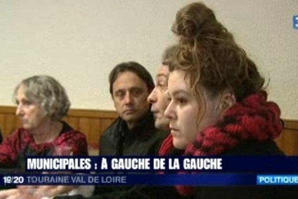 """Amélia Bréchet (à droite) porte-parole de la liste """"C'est au tour(s) du peuple"""" à Tours (Indre-et-Loire)"""