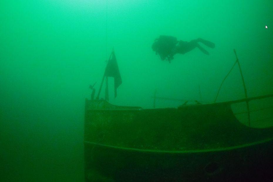 """""""C'est devenu une épave mondialement connue"""" : 50 ans après son naufrage à Annecy, comment le France a forgé sa légende"""