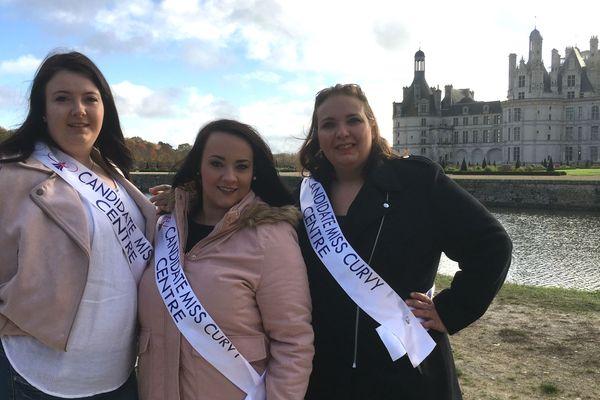 Mélodie, Elodie et Christelle, candidates à miss Curvy Centre 2018 pendant une séance photos au château de Chambord