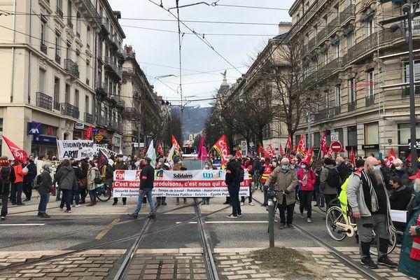 Manifestation ce jeudi matin dans les rues de Grenoble