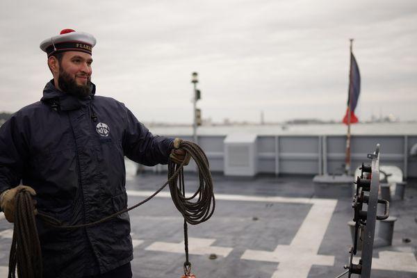 Les bouts, un point commun entre les voiliers et les bateau militaire...
