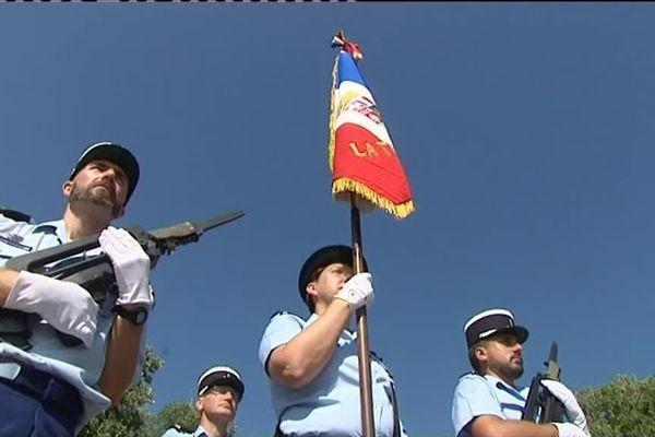 Premières répétions pour les gendarmes ce jeudi au sein de l'hippodrome de Cagnes sur Mer.