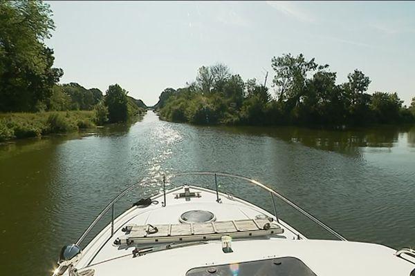 Tourisme fluvial sur la Saône, en Haute-Sôône