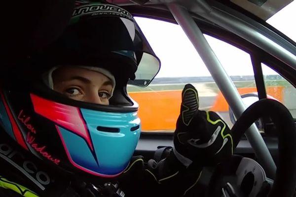 Lilou Wadoux conduisait sur circuit avant même d'avoir obtenu son permis.