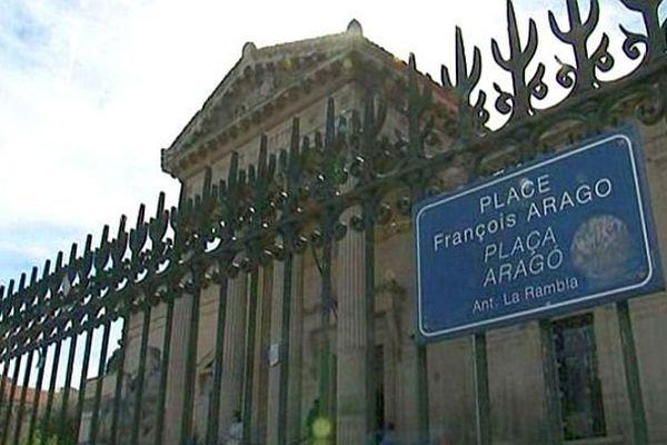 Perpignan - le palais de justice - archives