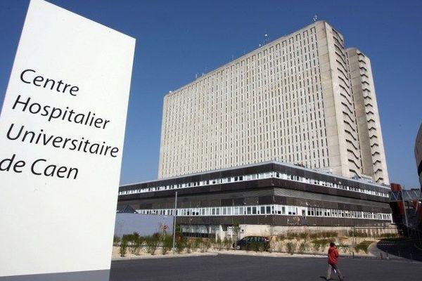 """L'échauffement de courroies d'un groupe de ventilation a provoqué de la fumée au quatrième étage de la tour """"galette"""" du CHU de Caen, ce vendredi 9 avril 2021."""