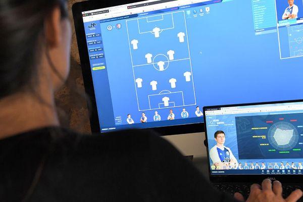 United Managers permet aux internautes de coacher une véritable équipe de football, l'Avant-garde caennaise, évoluant en Régional 1.
