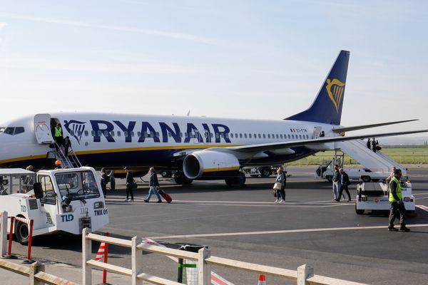 La compagnie Ryanair assure encore quelques vols avant la fermeture prochaine de l'aéroport à cause du coronavirus