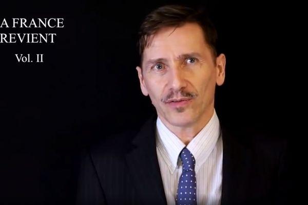 Rémy Daillet dans l'une de ses vidéos appelant à un coup d'Etat en France.