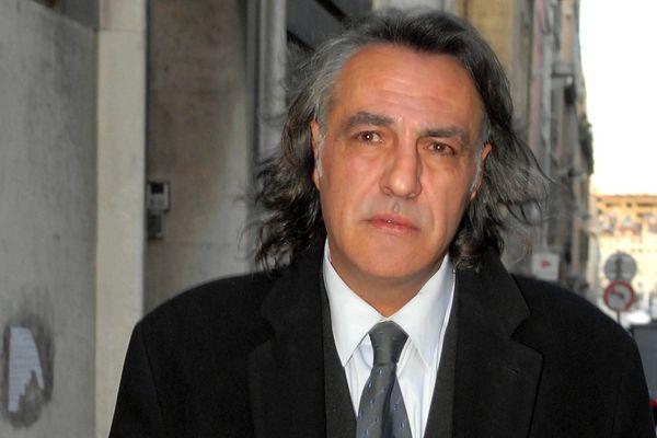 Jean-François Larios a joué au poste de milieu de terrain du début des années 1970 à la fin des années 1980, avant de devenir agent de joueurs pendant les années 1990.