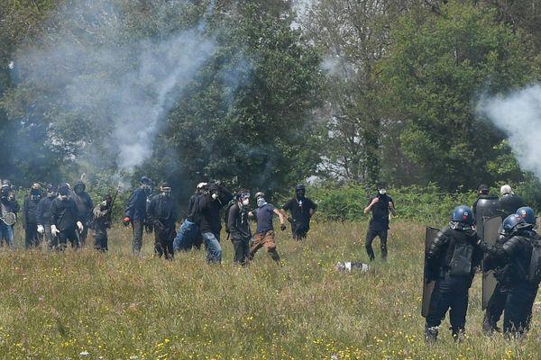 Affrontements à Notre-Dame-des-Landes