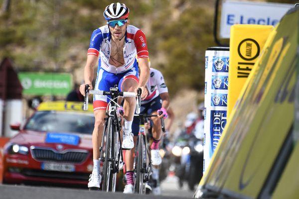 Thibaut Pinot lors de la dernière étape du Paris-Nice 2020, en mars dernier.