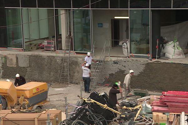Dans le quartier Grand Arénas à Nice, 4 immeubles sont en construction pour y accueillir 10 bureaux