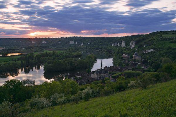 Dans l'Eure, le ciel des Andelys et du Vexin ne s'ennuagera réellement demain que dans la soirée.