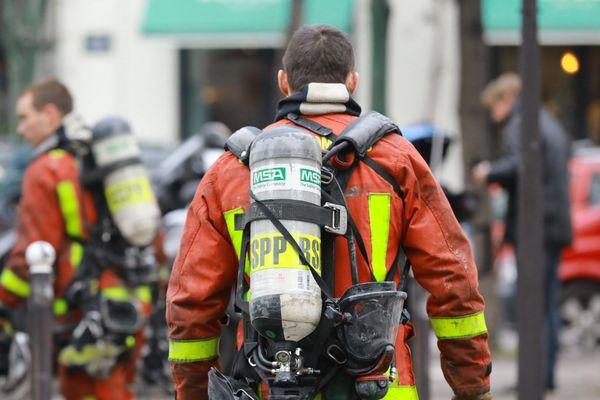 L'incendie le plus meurtrier dans la capitale depuis près de 14 ans a fait 10 morts et 37 blessés.