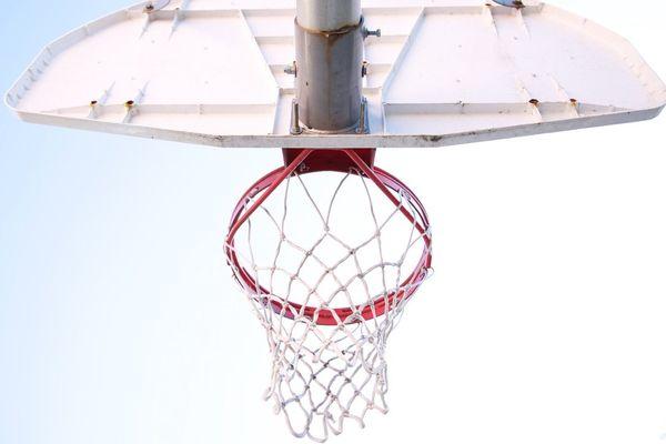 L'angle idéal pour tirer à 3 points quand on mesure 1m82 ets de 52°