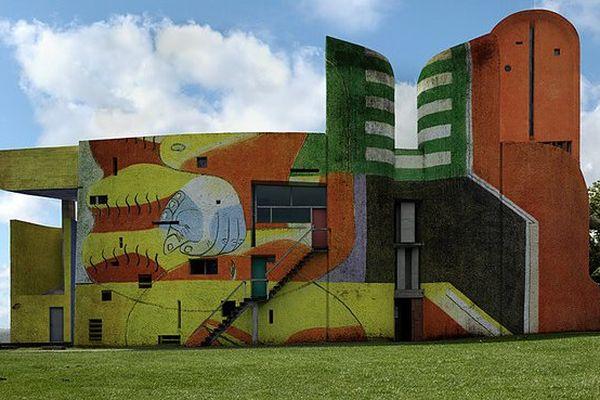 La Chapelle Le Corbusier revisitée par le photographe Xavier Delory