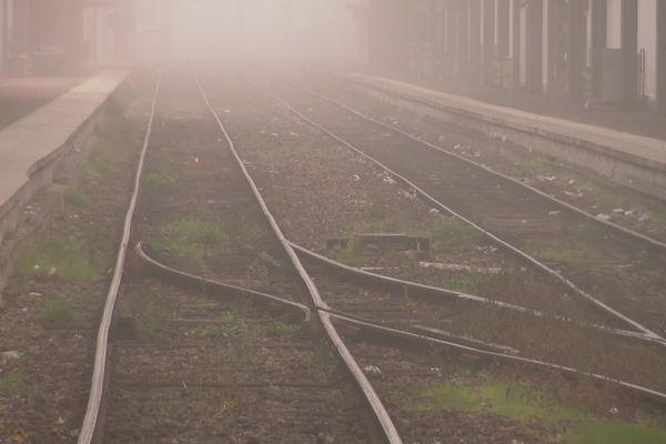 Les rails en gare d'Amiens ce jeudi 5 décembre 2019, premier jour de grève.