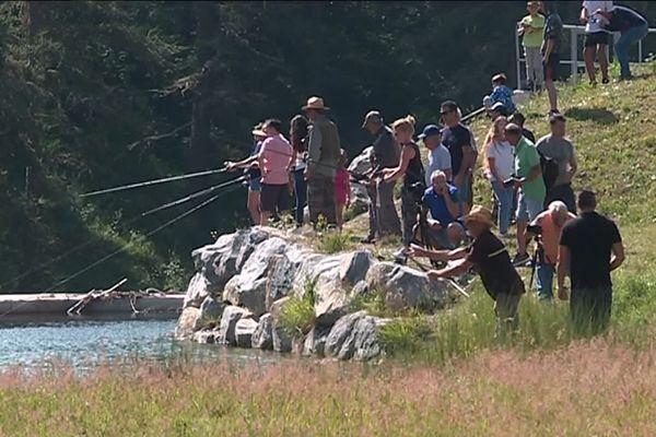 Les pêcheurs à la truite se régalent en montagne à Casterino.