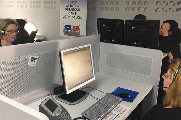Passage à la TNT HD. Dix centres d'appel créés pour informer et assister les téléspectateurs