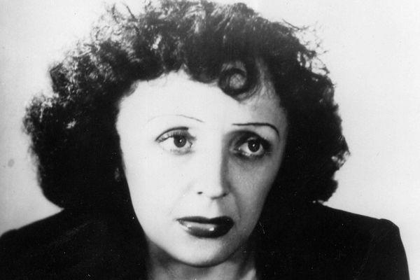Edith Piaf est morte à Grasse le 10 octobre 1963.