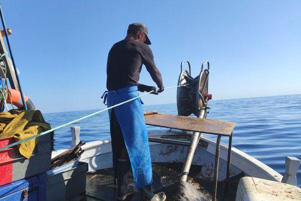 Découvrez le quotidien de pêcheurs aux quatre coins de la Corse.