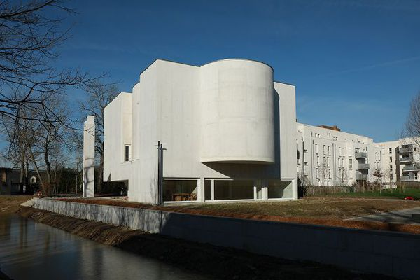 Le diocèse de Rennes, Dol et Saint-Malo n'avait pas fait construire de nouveau lieu de culte depuis quatre décennies.