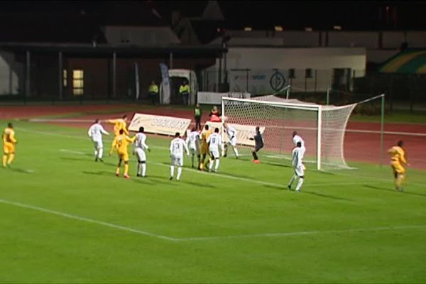 Derby régional en Coupe de France le 11 novembre 2016 : Blois s'impose face à Romorantin.